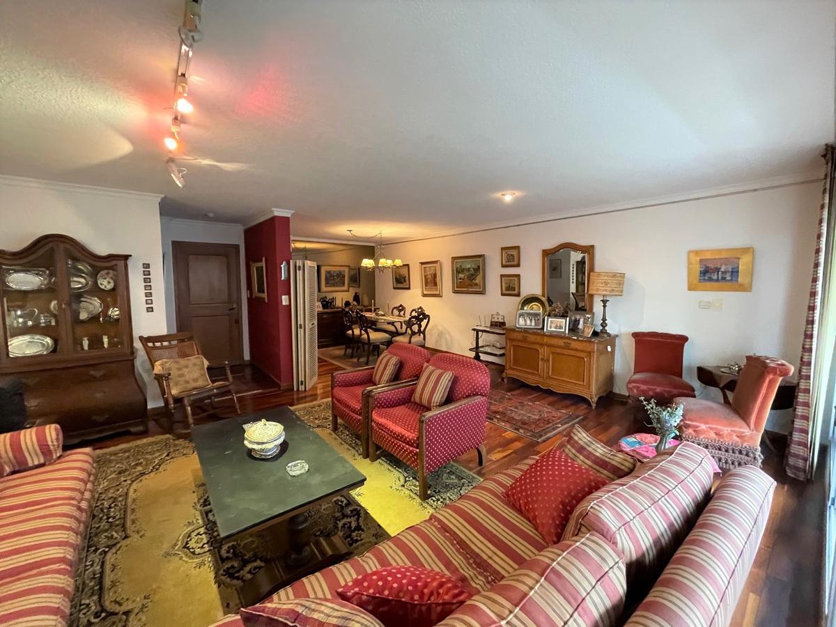 Foto Apartamento en Venta en  Pocitos ,  Montevideo  3 en suite, estar y parrillero