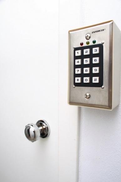 Foto Departamento en Alquiler temporario en  Retiro,  Centro  Florida  1050