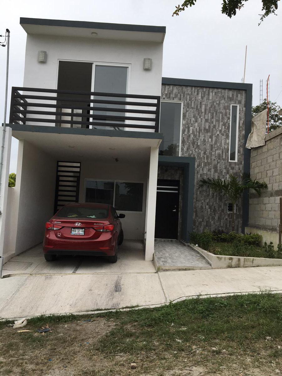 Foto Casa en Venta en  Tuxpan ,  Veracruz  CASA NUEVA EN VENTA