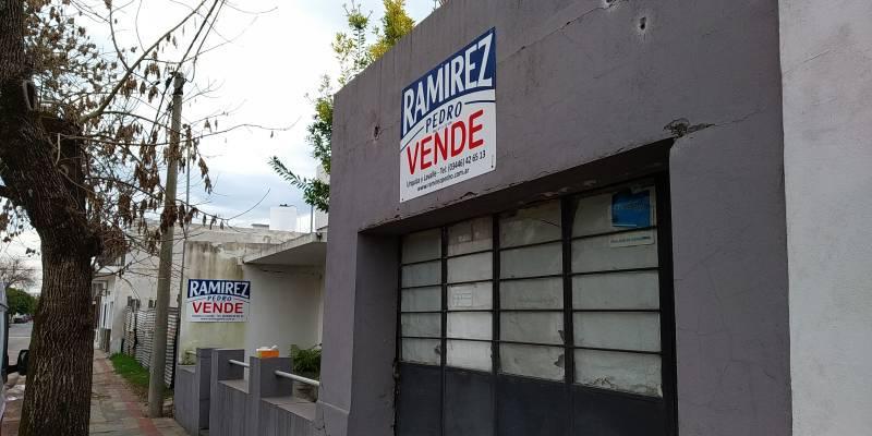 Foto Casa en Venta en  Gualeguaychu ,  Entre Rios  ITUZAINGÓ al 400