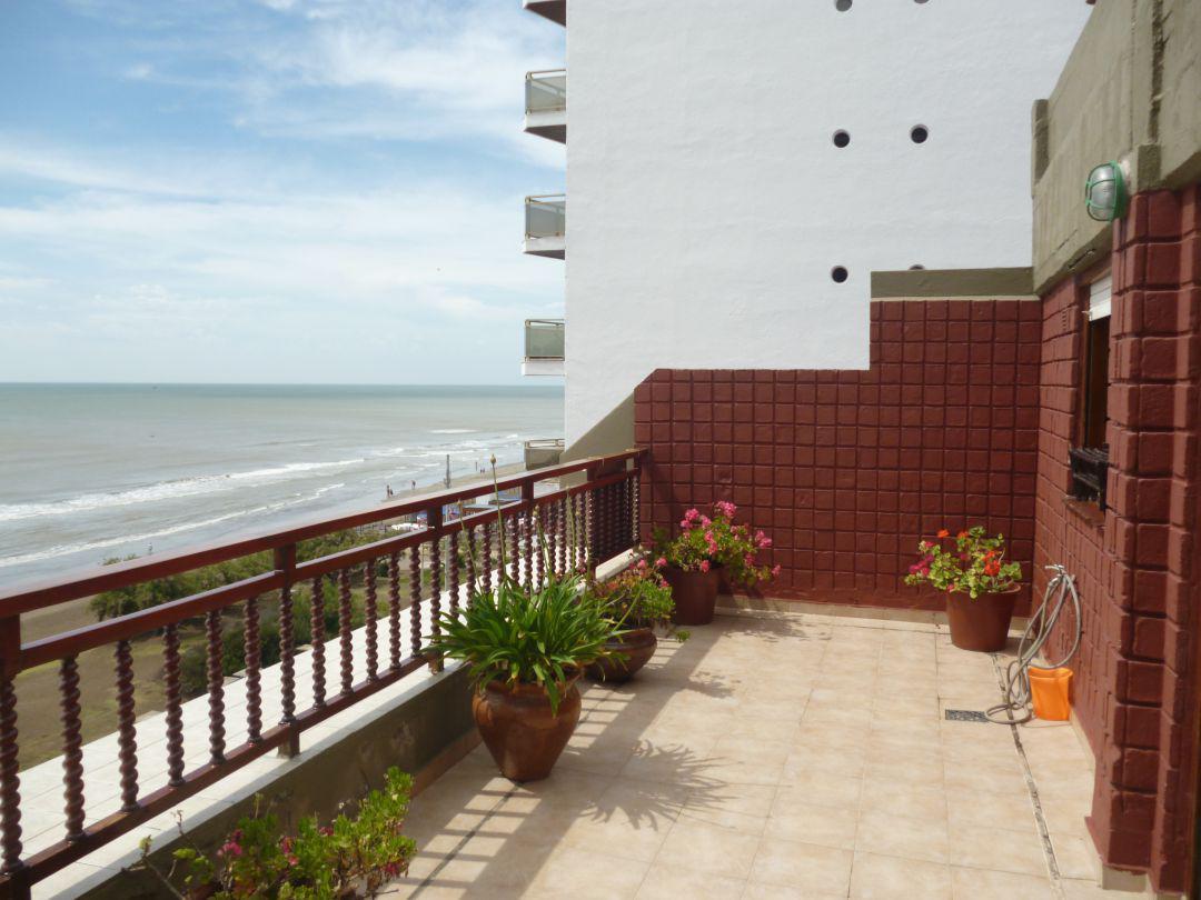 Foto Departamento en Alquiler temporario en  San Bernardo Del Tuyu ,  Costa Atlantica  Av Costanera 2778 - 7° 23, San Bernardo