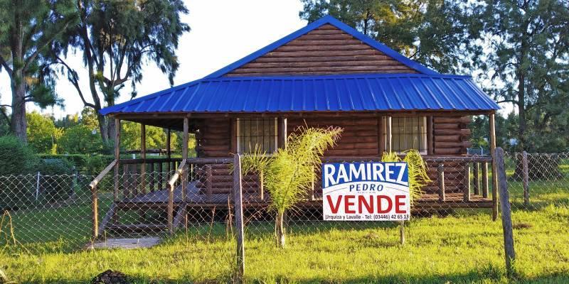 Foto Casa en Venta en  Gualeguaychu ,  Entre Rios  Barrio Don Pedro (Las Acacias s/n) Lote al 200