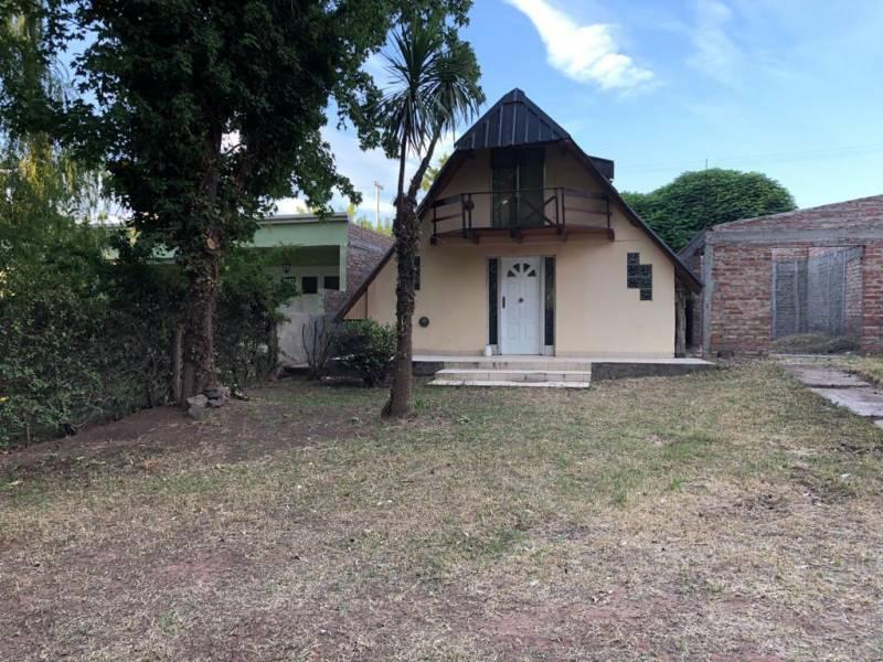 Foto Casa en Venta en  Mari Menuco,  Confluencia  garza blanca  al 300