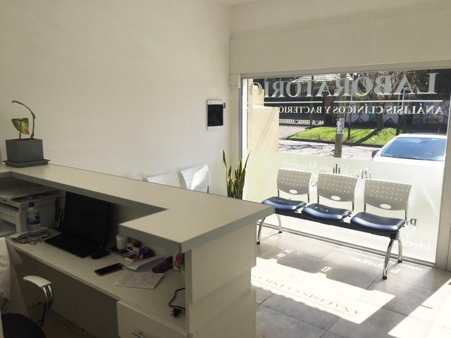 Foto Oficina en Venta en  Castelar Norte,  Castelar  Av. Sarmiento al 3100