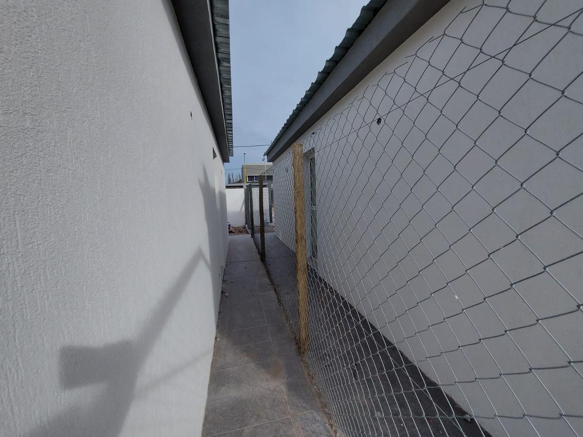 Foto Casa en Venta en  Centenario,  Confluencia  Tierra Mansa    Lote 13 y 14 mza D   Centenario   Neuquén