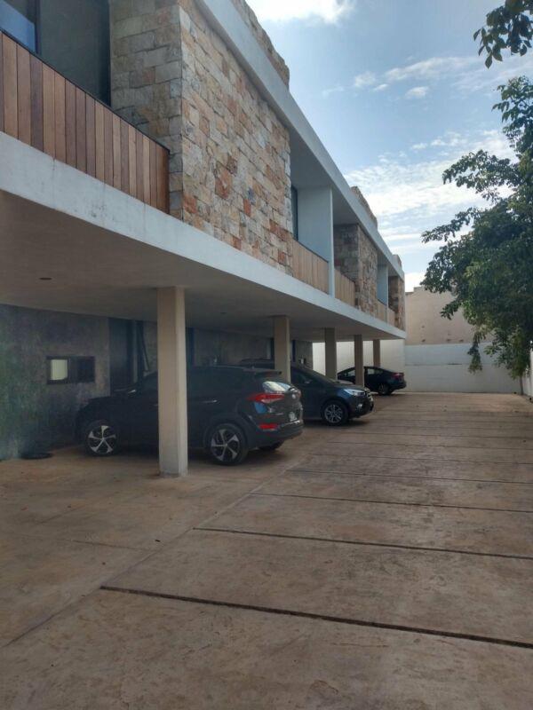 Foto Departamento en Renta en  Montes de Ame,  Mérida  Oportunidad Townhouse en renta de 2 habs. en privada en Montes de Amé, al norte de Mérida, Yuc., Méx.