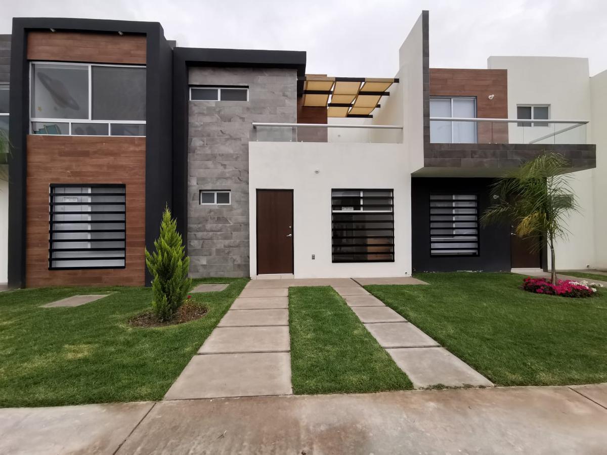 Foto Casa en Venta en  Pozos Residencial,  San Luis Potosí  Casa en Venta Devan Residencial