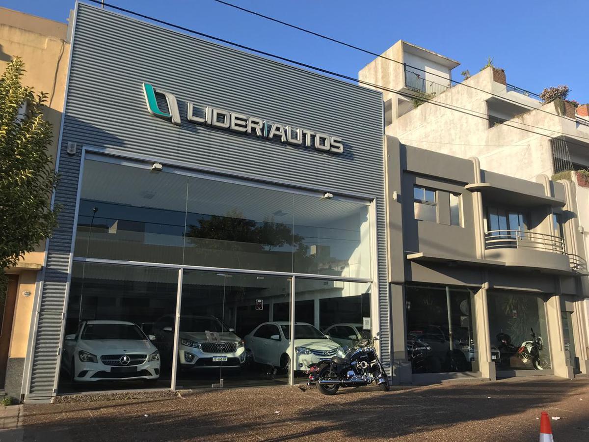 Foto Local en Alquiler en  Centro,  Mar Del Plata  Colon al 3265, entre Salta y Av. Independencia