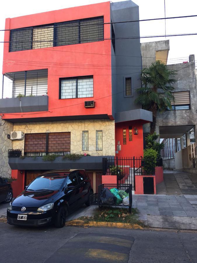 Foto Casa en Venta en  Centro (S.Mig.),  San Miguel  CHARLONE al 900