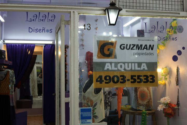 Foto Local en Alquiler en  P.Rivadavia,  Caballito          Rivadavia al 4500, Galería Alefa