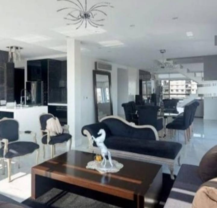 Foto Departamento en Venta en  Coghlan ,  Capital Federal  Exclusivo dúplex en venta en Complejo con amenities. 5 ambientes de calidad y diseño. Tronador al 3400