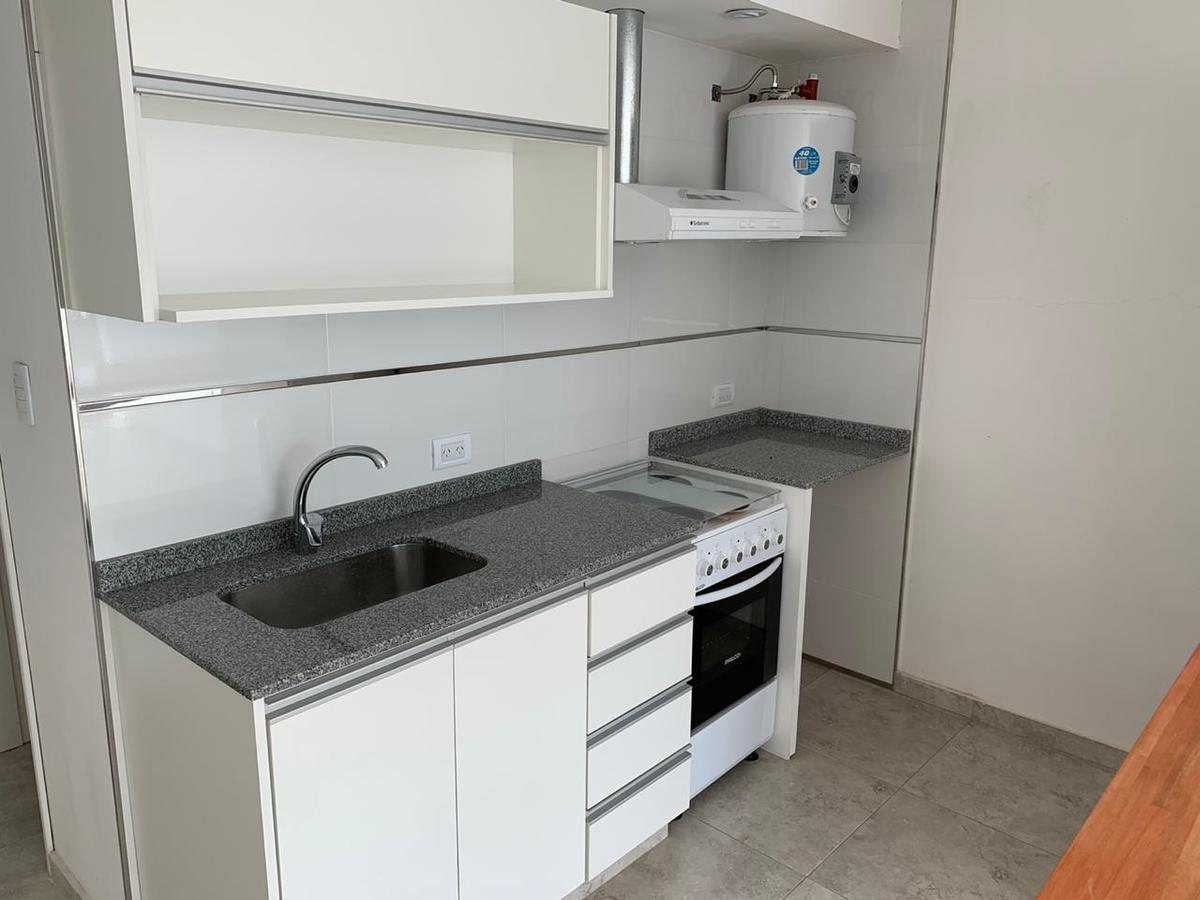 Foto Departamento en Alquiler en  Balcarce ,  Interior Buenos Aires  calle 31 y 16