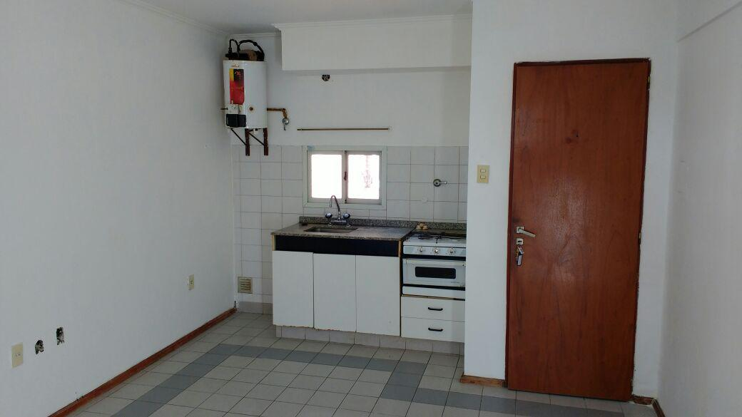 Foto Departamento en Alquiler en  Recoleta,  Santa Fe  Cándido Pujato 2449 - Piso 3 - Dpto A