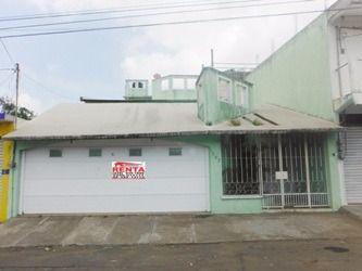 Foto Casa en Venta en  Pocitos y Rivera,  Veracruz  Col. Pocitos y Rivera, Veracruz, Ver. - Casa en venta (a 10 minutos de zona portuaria)