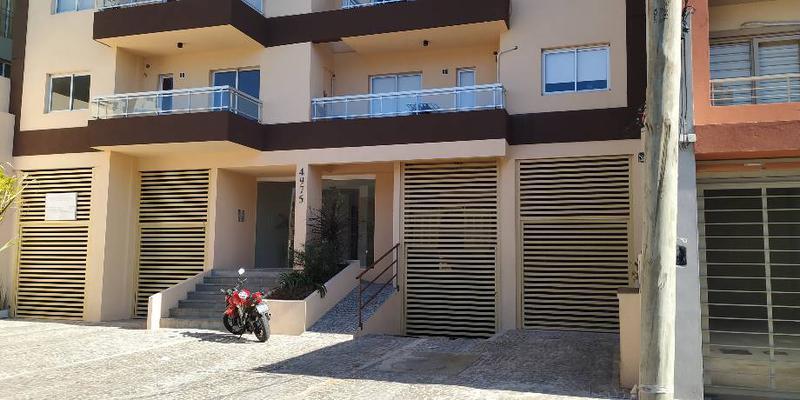Foto Departamento en Venta en  Remedios De Escalada,  Lanus  Del Valle Iberlucea al 4900