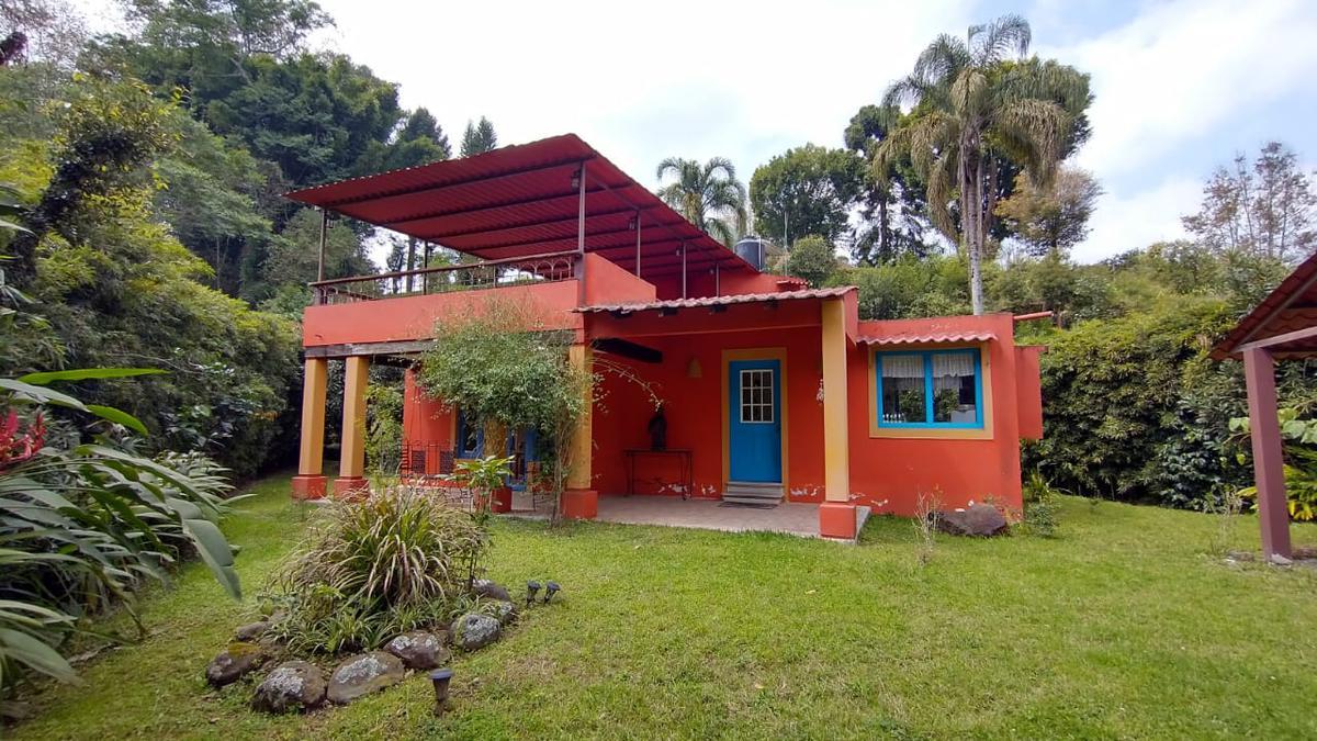 Foto Casa en Venta en  Coatepec ,  Veracruz  COATEPEC, BRIONES, PASEO DEL JAZMIN No. 6