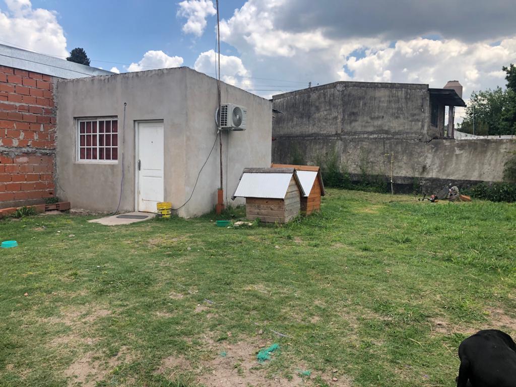 Foto Terreno en Venta en  Moreno ,  G.B.A. Zona Oeste  Chacabuco al 600