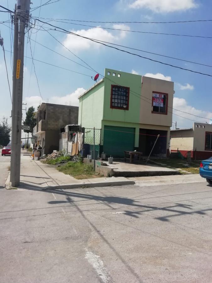 Foto Casa en Venta en  Huehuetoca,  Huehuetoca  CETUS B-PENDIENTE SMZ NA MZ MANZANA 3  SANTA TERESA 8