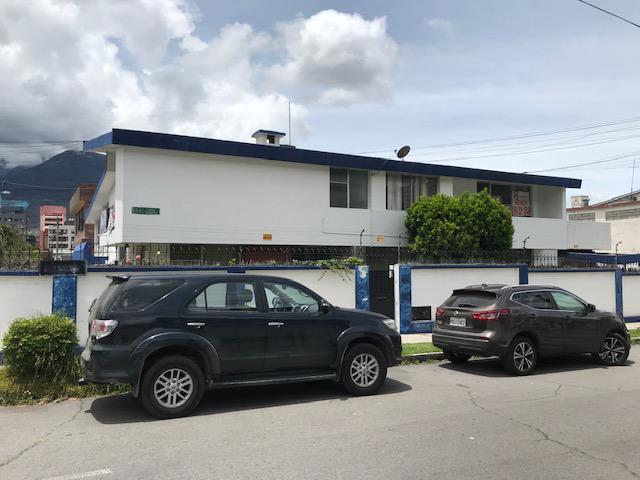Foto Terreno en Venta en  Norte de Quito,  Quito  TERRENO 750 METROS QUITO CENTRO NORTE QCENTRO