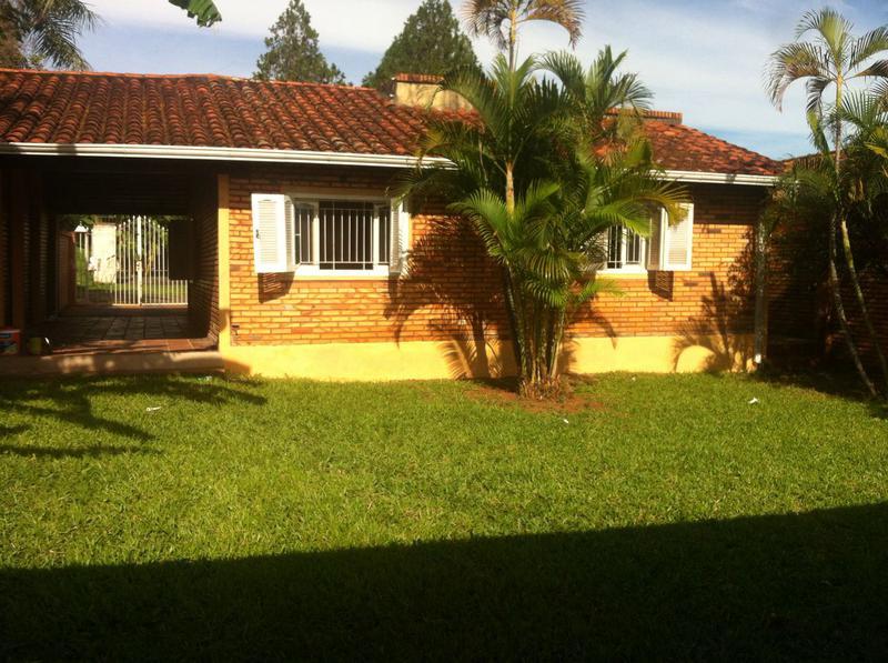 Foto Casa en Alquiler en  Villa Adela,  Luque  Zona Villa Adela