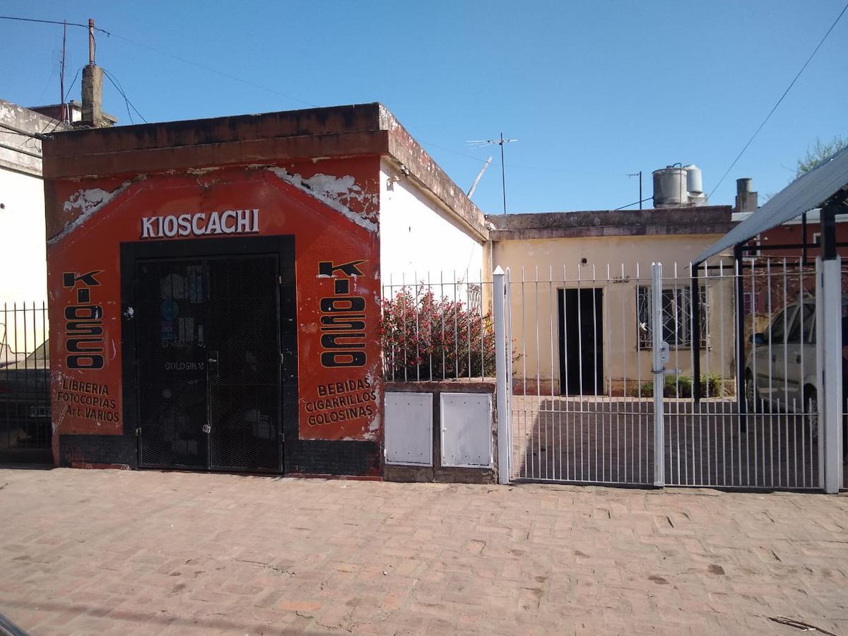 Foto PH en Venta en  B.Helvecia,  Libertad  Almagro 465entre Warner y Miller