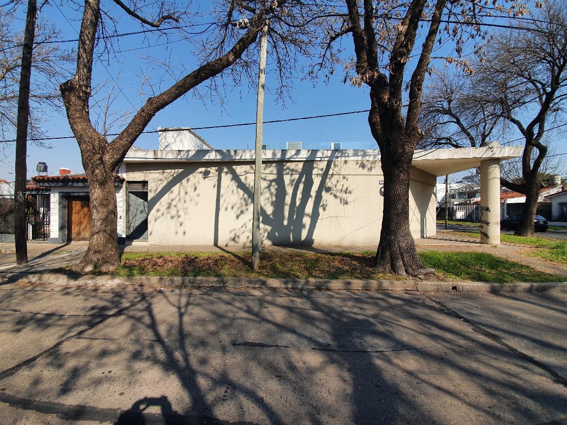 Foto Galpón en Venta en  Rosario,  Rosario  Rodriguez al 3600 - Barrio Cura