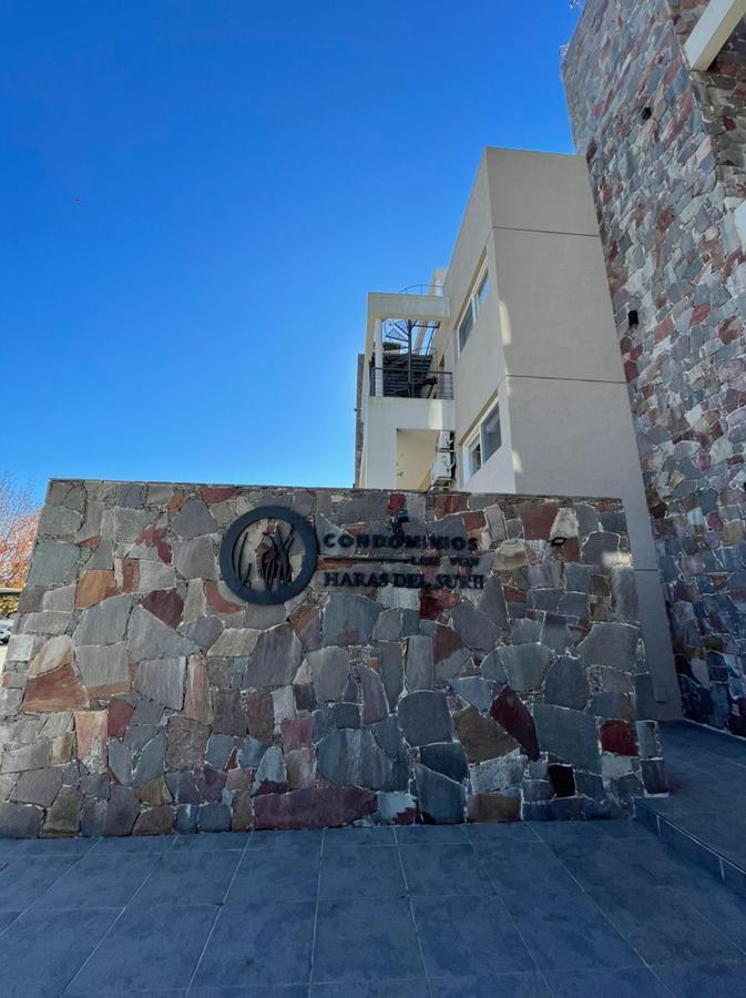 Foto Departamento en Venta | Alquiler temporario en  Haras del Sur II,  Countries/B.Cerrado (La Plata)  Venta Departamento Haras del Sur II
