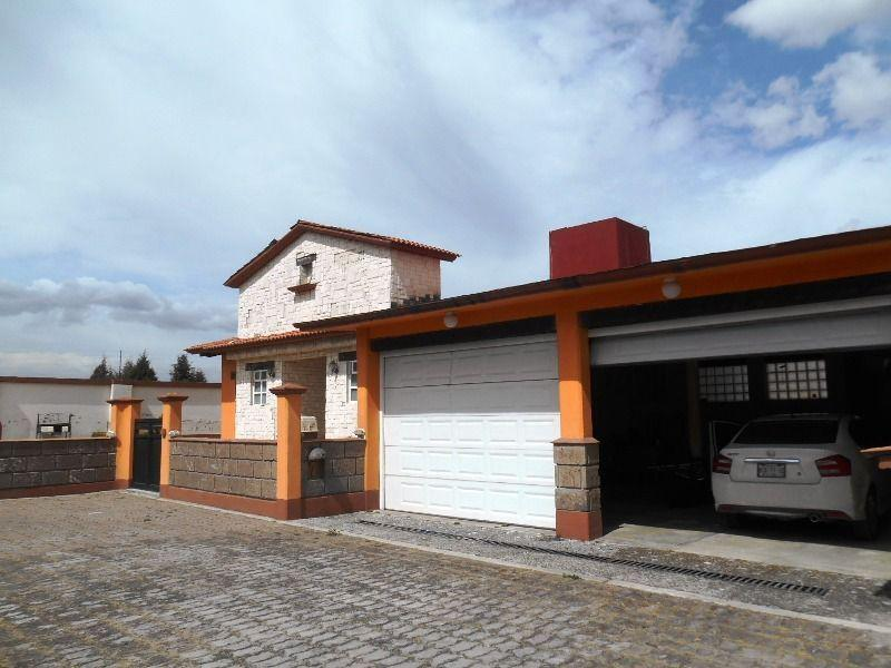 Foto Casa en condominio en Renta en  La Concepción Coatipac (La Conchita),  Calimaya  EN RENTA RESIDENCIA DE UN PISO A 12 MINUTOS DE METEPEC
