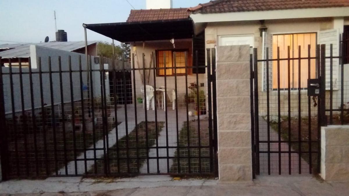 Foto Casa en Venta en  Villa Carlos Paz,  Punilla  esparta