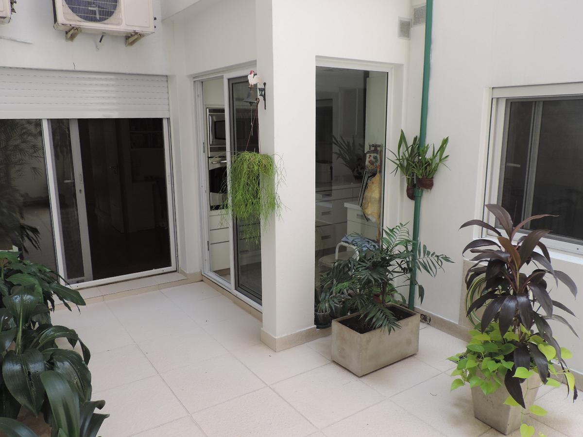"Foto Departamento en Venta en  Recoleta ,  Capital Federal  JUNCAL 2063/7 Piso 1 ""B"""