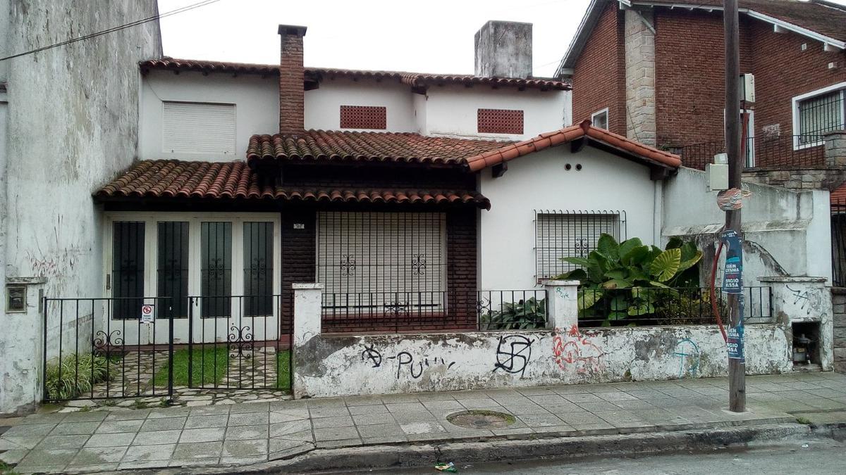 Foto Casa en Venta en  Ramos Mejia,  La Matanza  Soler al 100