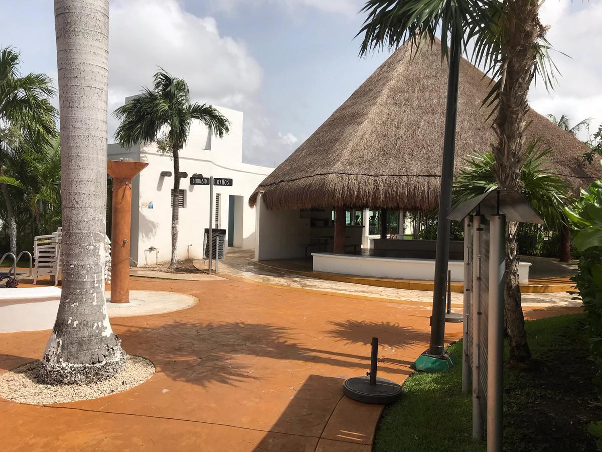 Foto Casa en condominio en Venta en  Supermanzana 50,  Cancún  Casa en Condominio en VENTA  Residencial Quinta Madeira,  Av Nichupte  Cancun