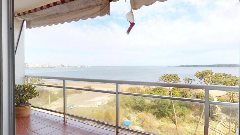Foto Departamento en Venta en  Playa Mansa,  Punta del Este  UN DORMITORIO EN PRIMERA LINEA DE LA MANSA