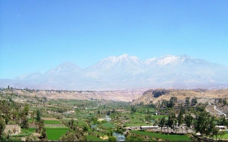 Foto Local en Venta en  Arequipa,  Arequipa  Av PAISAJISTA, PAMPAS VIEJAS DISTRITO DE SOCABAYA S/N