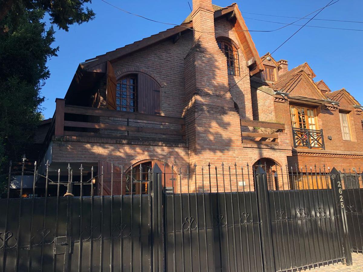Foto Casa en Venta en  Victoria,  San Fernando  ARIAS 2625