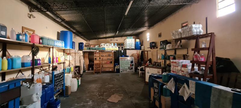 Foto Galpón en Venta en  Sur,  Rosario  Garay al 122