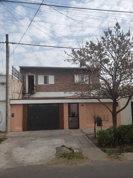 Foto Casa en Venta en  Bella Vista,  Rosario  LIMA al 2200