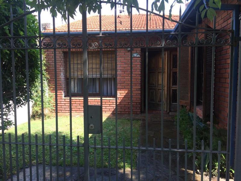 Foto Casa en Venta en  Temperley,  Lomas De Zamora  Longhi al 600