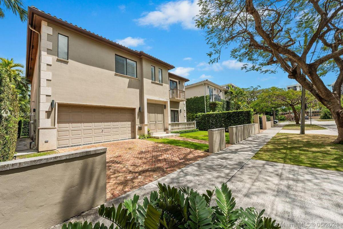 Foto Casa en Venta en  Miami-dade ,  Florida  11 SOUTHWEST 19TH ROAD, MIAMI FL.