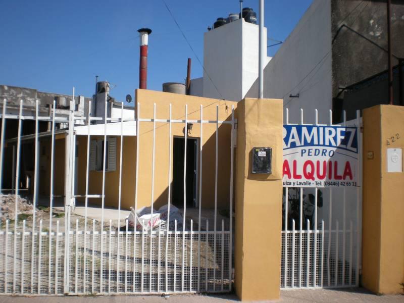 Foto Casa en Alquiler en  Gualeguaychu ,  Entre Rios  Paraná al 400