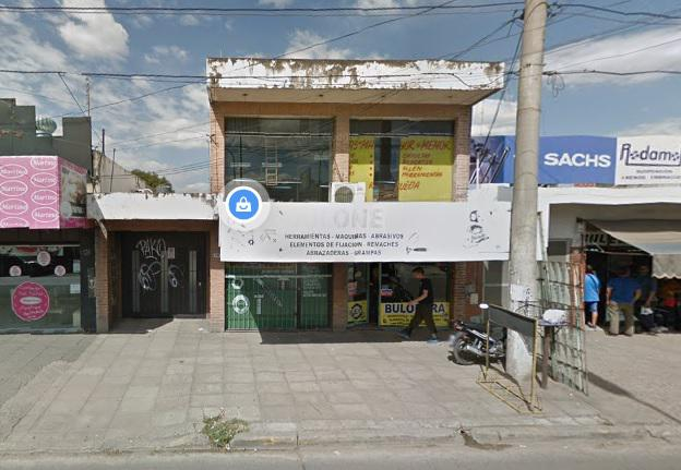 Foto Local en Venta en  Centro (Moreno),  Moreno  IMPORTANTE PROPIEDAD A LA VENTA EN MORENO CENTRO - LIBERTADOR 561