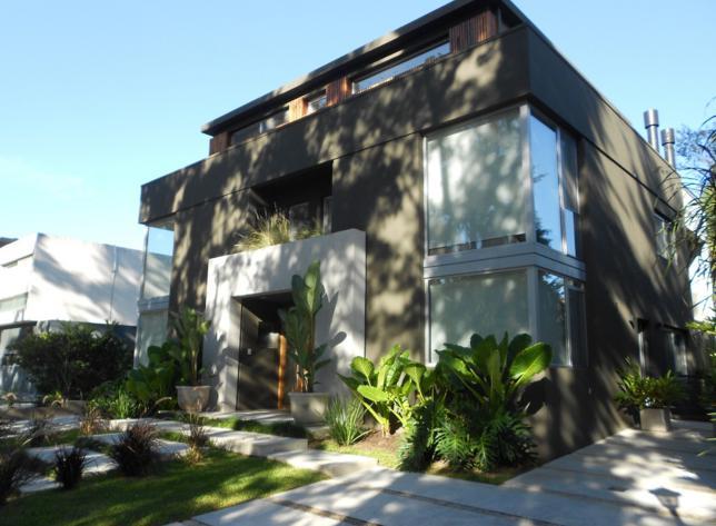 Foto Casa en Venta en  Marina Canestrari,  Countries/B.Cerrado (San Fernando)  Escalada al 2400