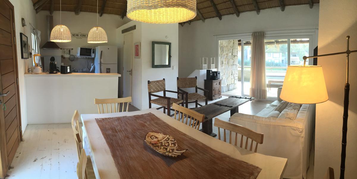 Foto Casa en Venta en  La Pedrera ,  Rocha  Complejo Cerrado en La Pedrera