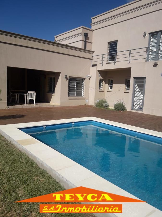 Foto Casa en Alquiler temporario en  Nayades I,  Pinamar  Delfos esq. Cronos