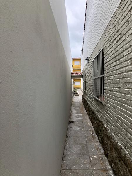 Foto Departamento en Alquiler en  Monte Grande,  Esteban Echeverria  Benavidez al 100