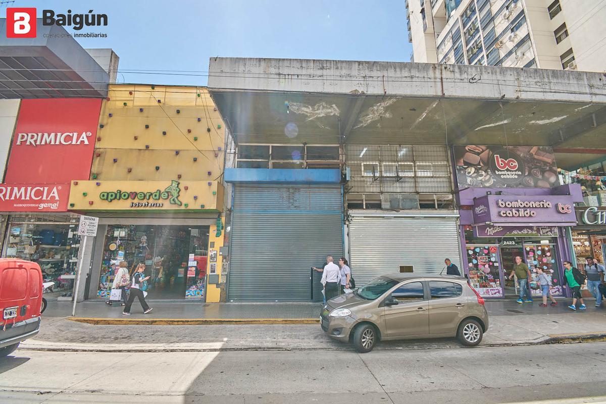 Foto Local en Alquiler en  Belgrano C,  Belgrano  Av. Cabildo y Blanco Encalada