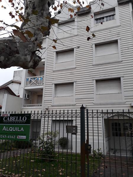 Foto Departamento en Alquiler en  Lomas de Zamora Oeste,  Lomas De Zamora  MANUEL CASTRO al 600