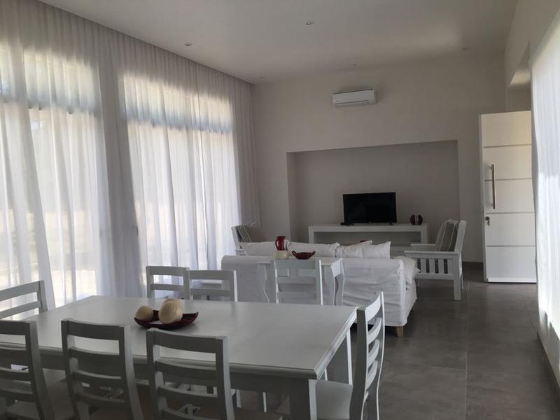 Foto Casa en Venta en  Costa Esmeralda,  Punta Medanos  Costa Esmeralda - Ecuestre al 100