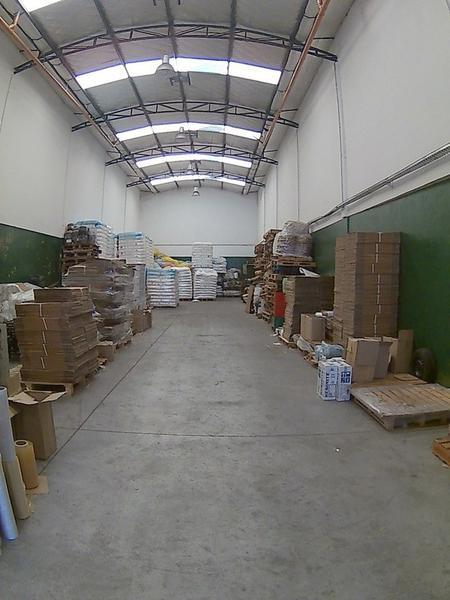 Foto Galpon en Alquiler en  Mataderos ,  Capital Federal  Montiel al 2600