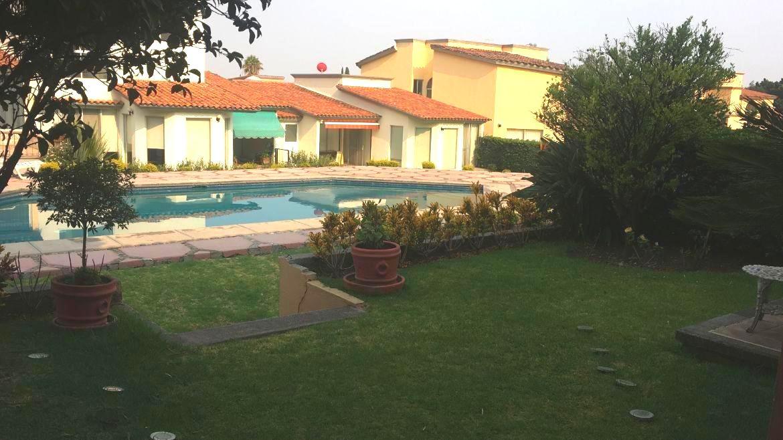 Foto Casa en condominio en Venta en  Lomas de Cortes,  Cuernavaca  Casa en Condominio con Seguridad